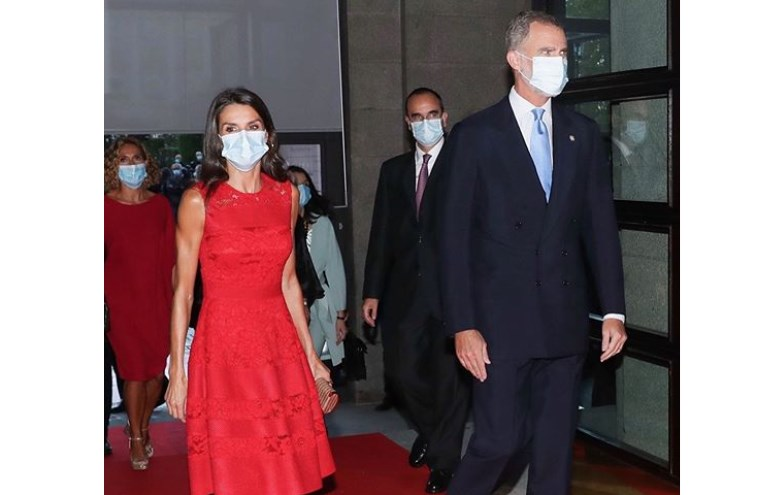 Letizia e Felipe VI inauguram temporada do Teatro Real de Madrid